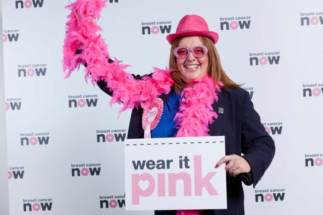 Anne McTaggart MSP Wears it Pink in support of Breast Cancer Now